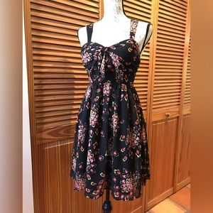 Candie's Black Floral Dress size 5